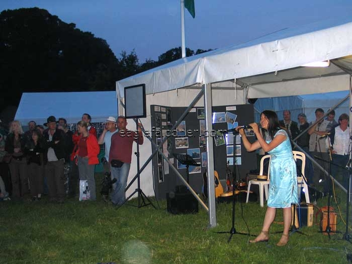 Jane Yeo sings at the Falconers Festival